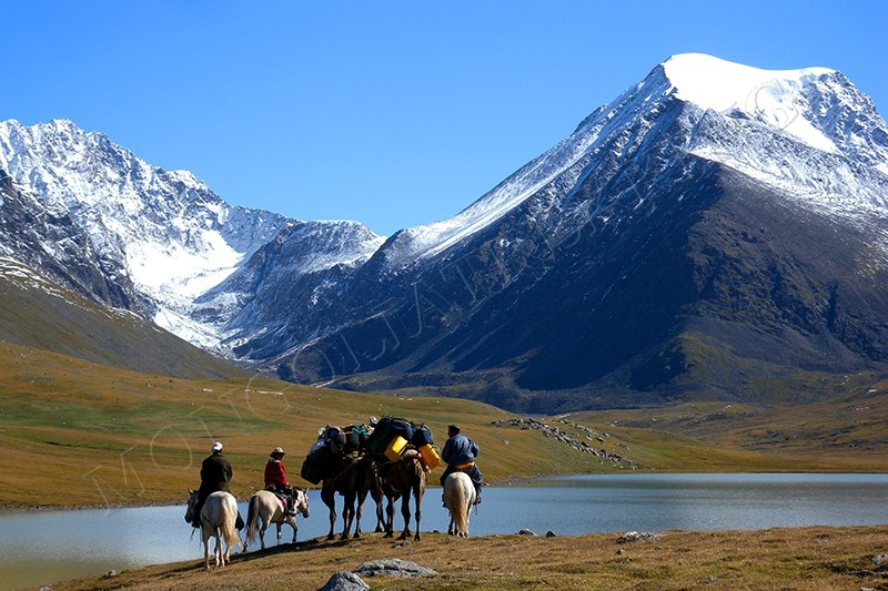 GEM OF MONGOLIA TREKKING TOUR