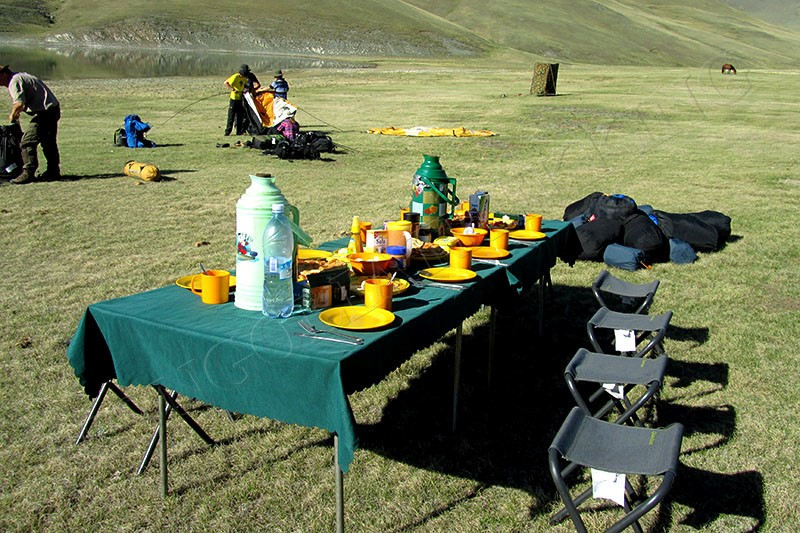 Lunch stop - Eastern mongolia birding tour