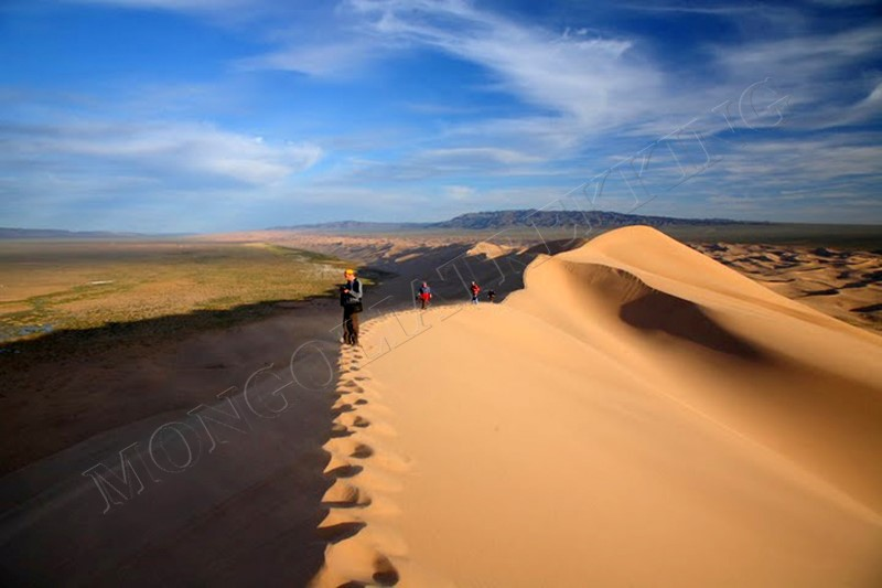 Dune walk - Gobi & Beyond jeep tour